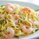 Ribbon noodles with shrimps and lemon