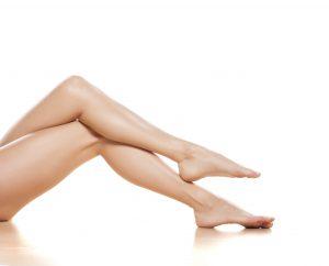 gambe e piedi gonfi