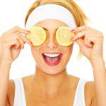 Come eliminare le occhiaie? Con il succo di limone