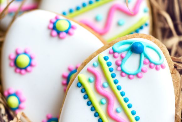 Easter Egg-shaped Lemon Cookies