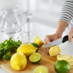 Rimedi in cucina al succo di limone