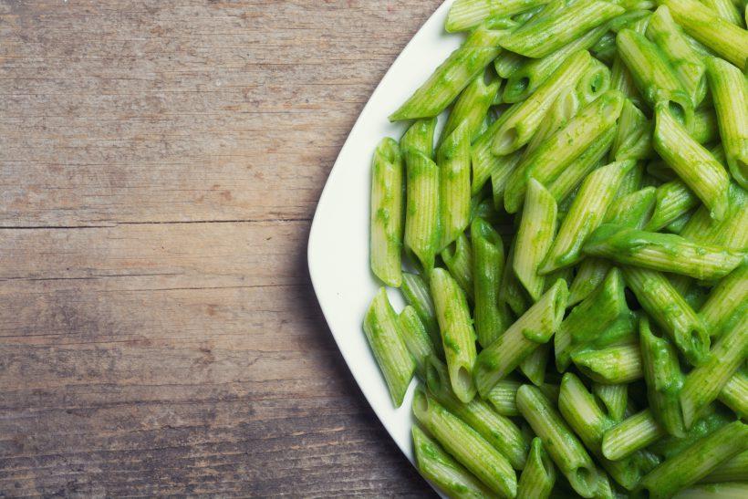 Penne al pesto di asparagi e limone