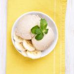 Gelato vegano lime, banane e pesca
