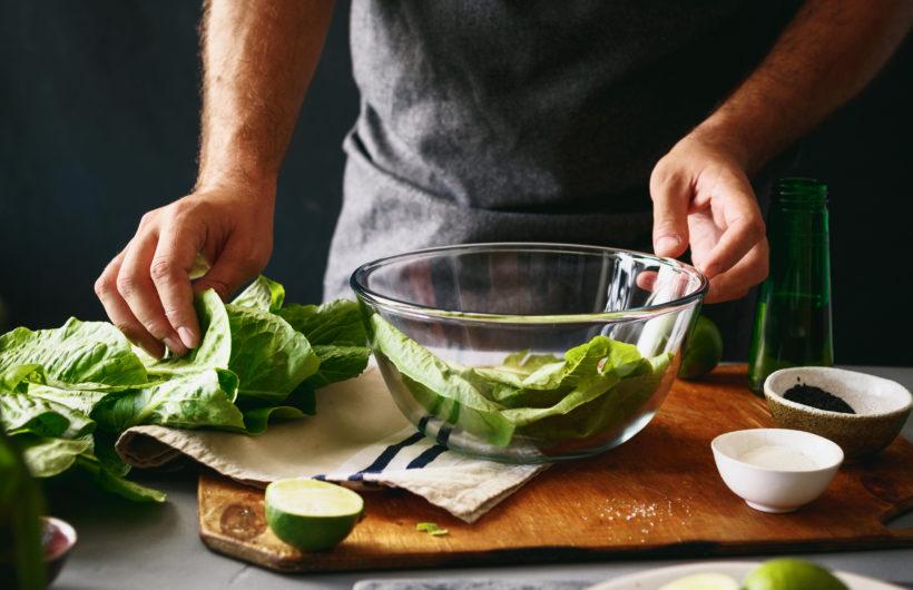 Lettuce with lemon