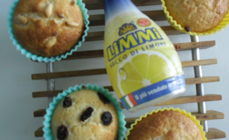 Lemon, Pine Nuts and Raisin Muffins