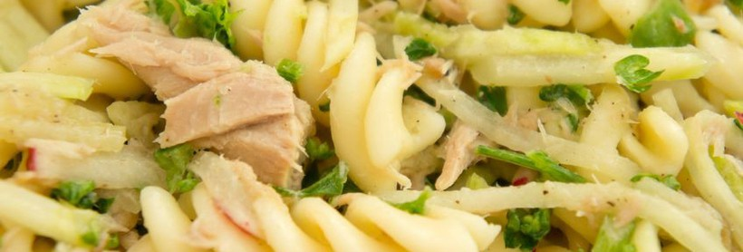 Pasta fredda zucchine, tonno e limone