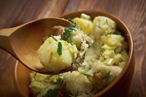 insalata-patate-erbe-aromatiche