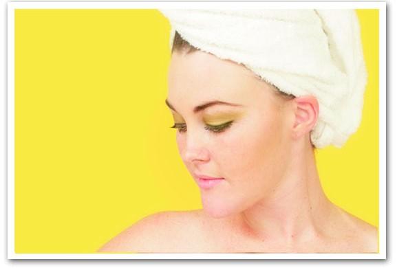 Maschera per capelli al miele e limone