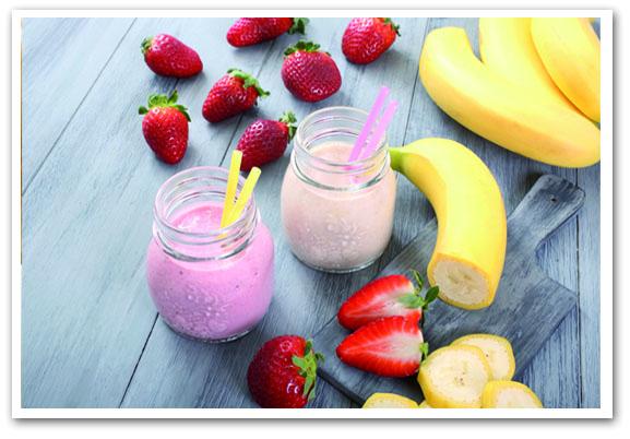 Banana, Strawberry And Lemon Juice Smoothie