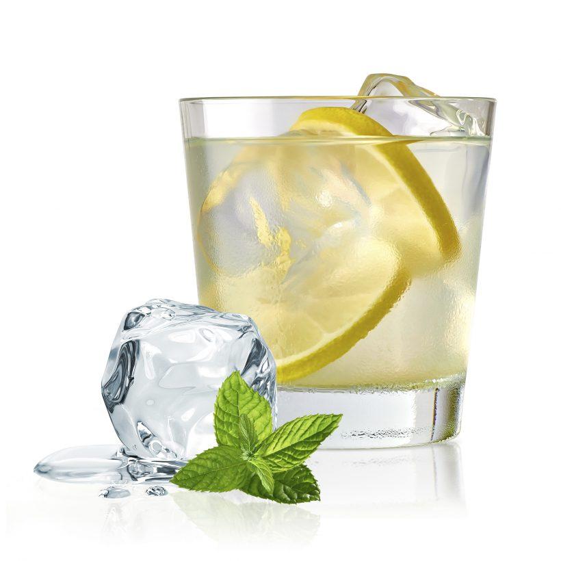 Gin lemon cocktail
