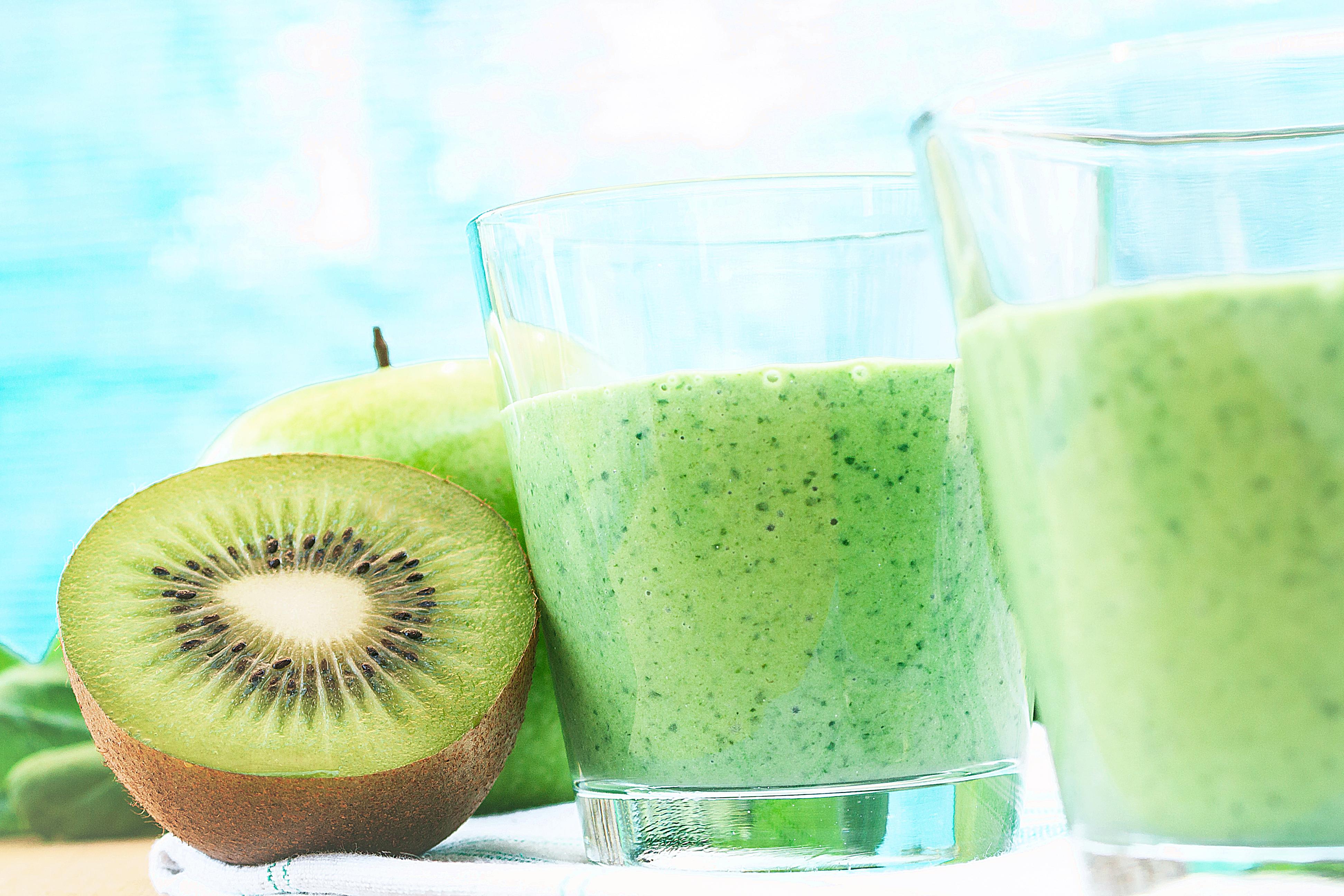 smoothie mela e kiwi