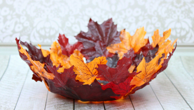 autumn leaves basket