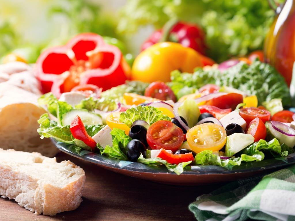 6 color salad